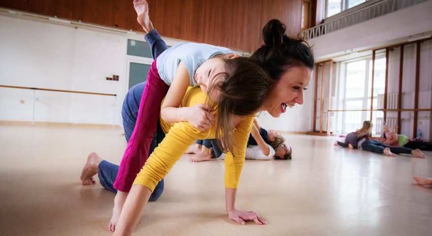 CONTACT IMPROVISATION LABORATORY  FOR CHILDREN AND ADULTS
